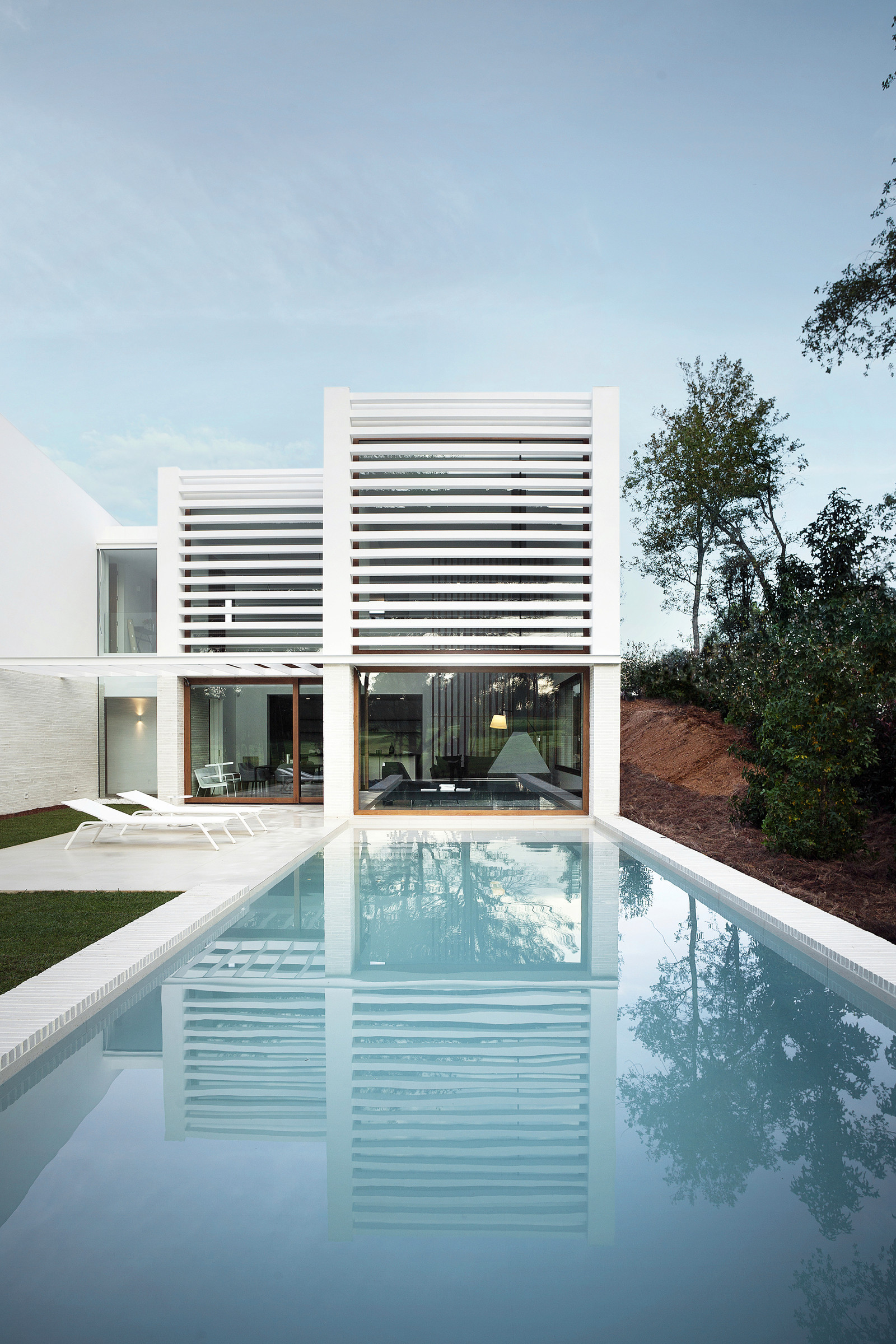 La Pineda by Jaime Prous Architects