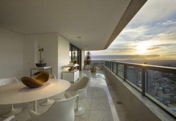 Belvedere Apartment by David Guerra Architecture