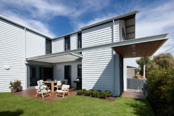 A 4-Bed Beach House by Pleysier Perkins
