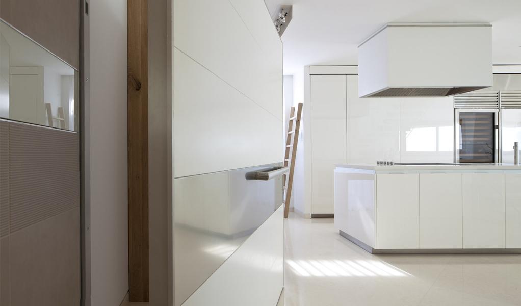 Apartment KAZ by Gerstner Architects