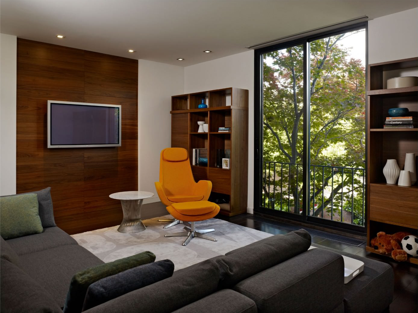 Hill Townhouse by k YODER design