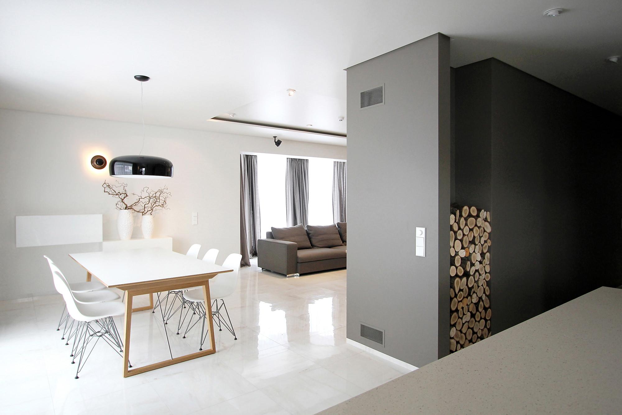 Residence by Ramūnas Manikas and Valdas Kontrimas