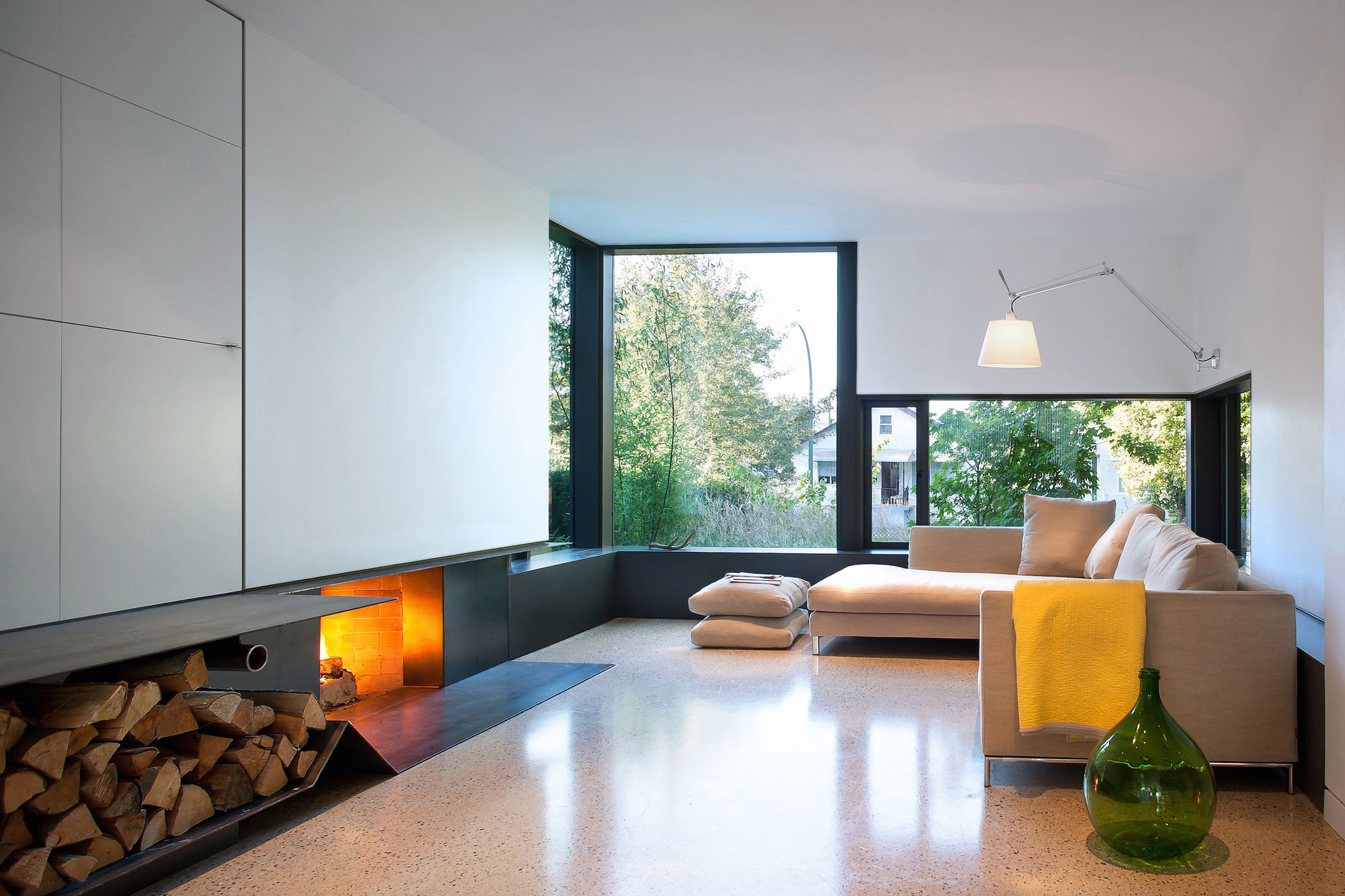 430 House by D'Arcy Jones Architects