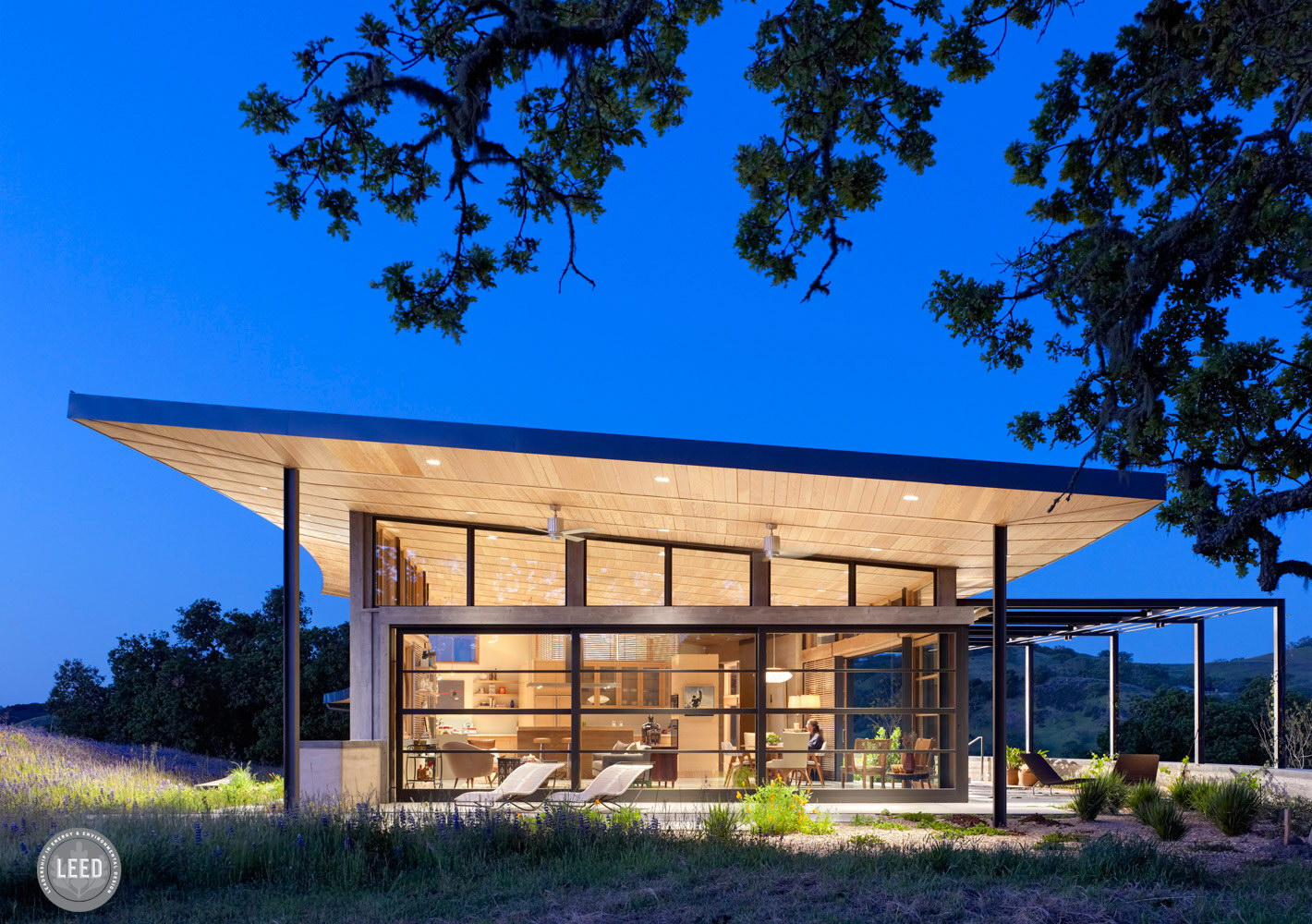 Caterpillar House by Feldman Architecture