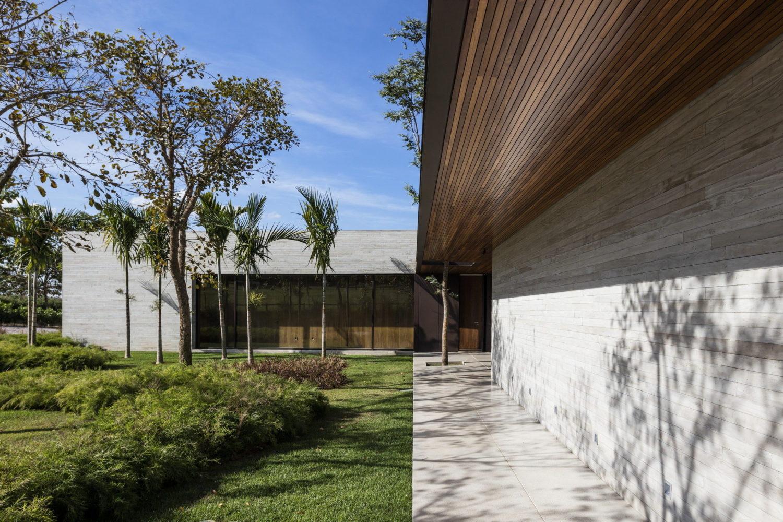 Fazenda Boa Vista by Fernanda Marques Arquitetos Associados