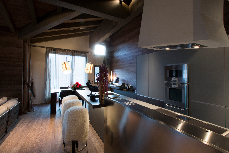 Lanzerheide Apartment by Angelo Pozzoli