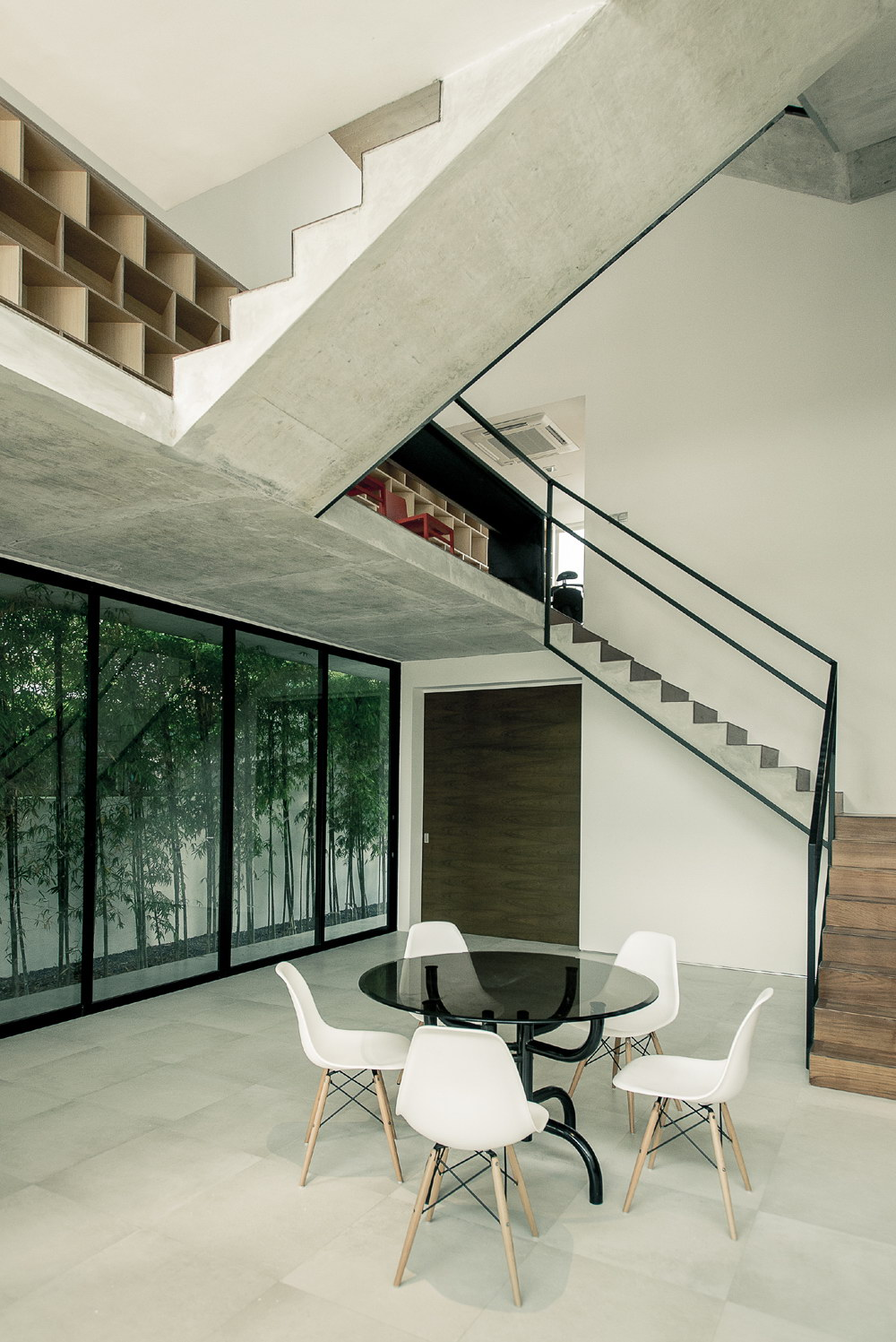 Ledge House by Materium