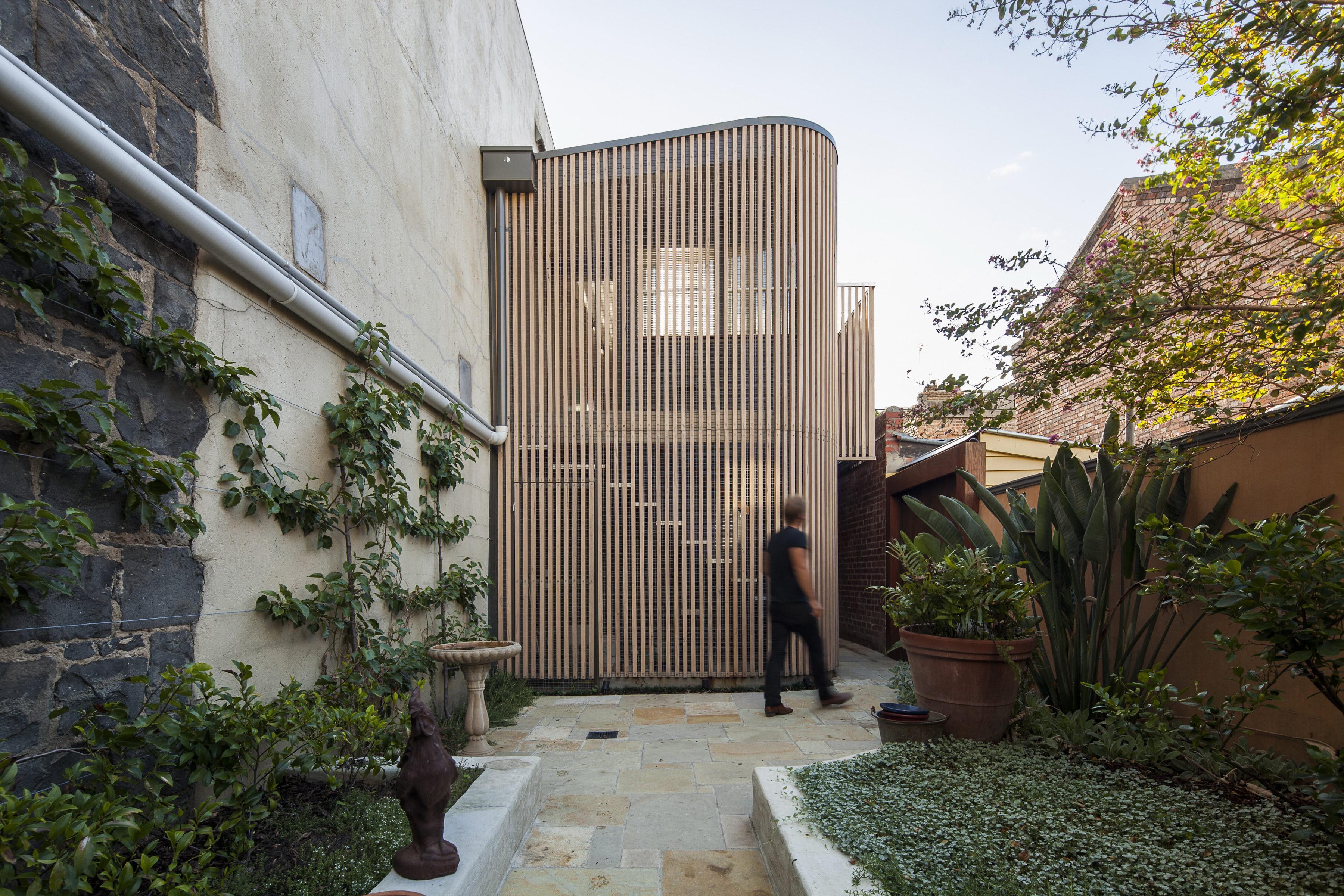 Little Gore Street Studio by Tim Spicer Architects