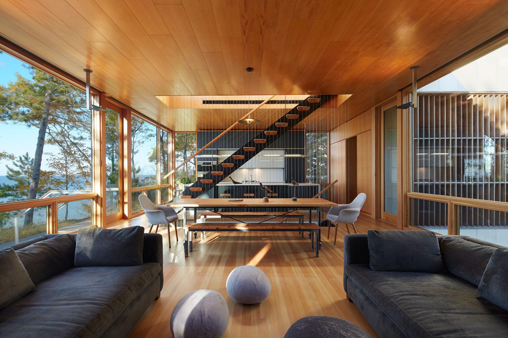 Suns End Retreat by Wheeler Kearns Architects