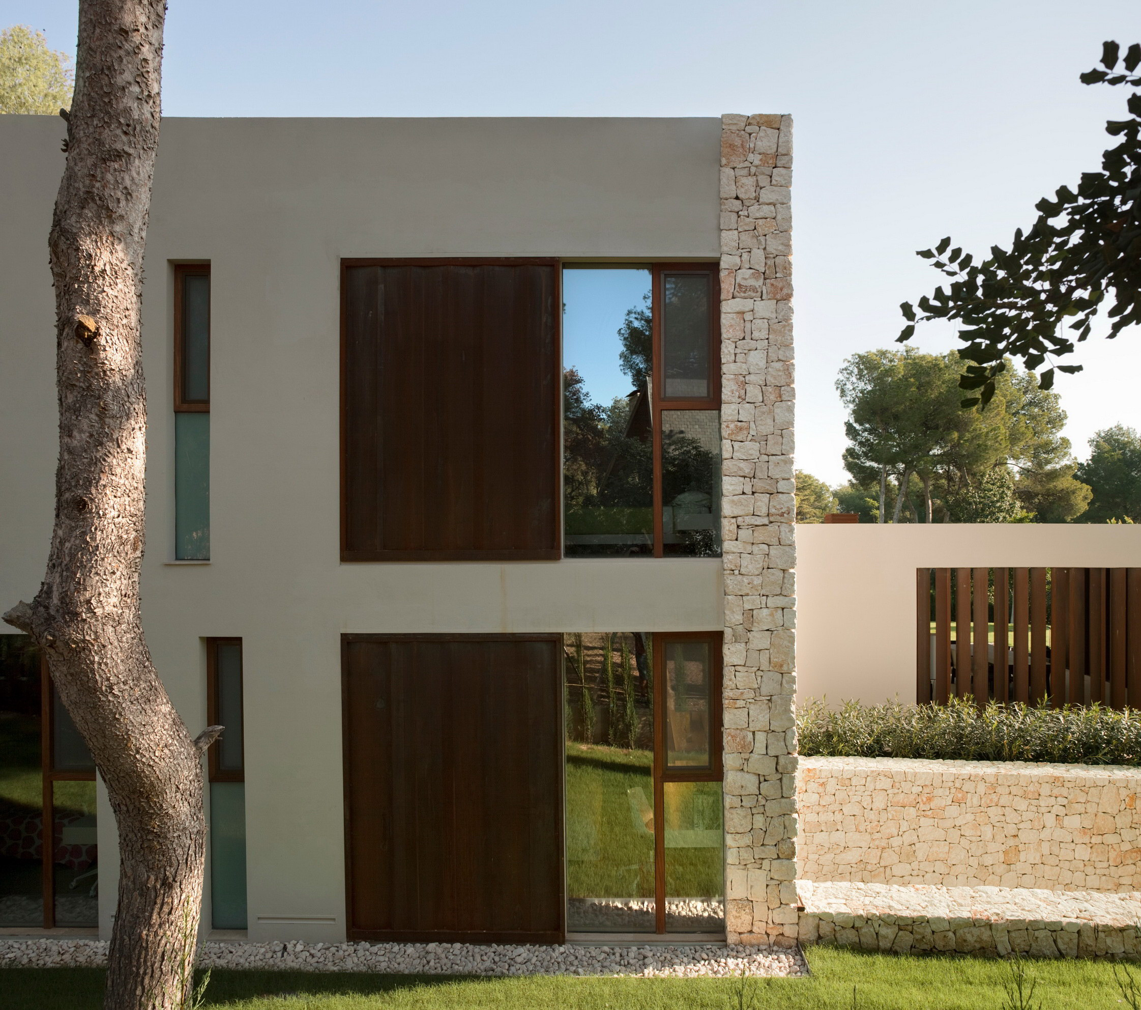 The Forest House by Ramón Esteve Estudio de Arquitectura