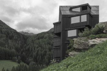 Hiking Hotel Bühelwirt by Pedevilla Architects