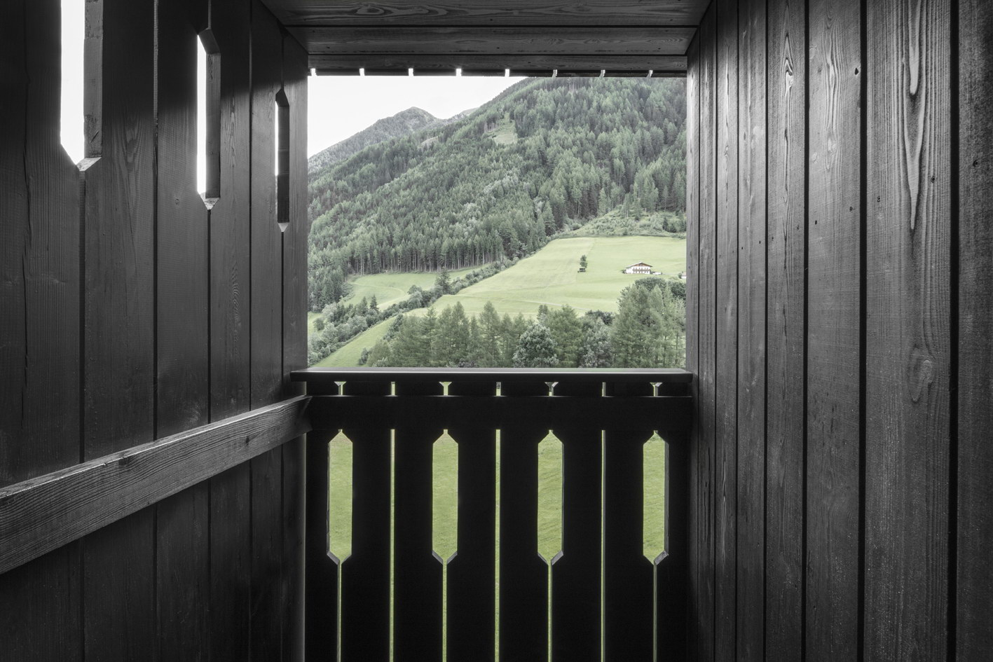 Hiking Hotel Bühelwirt by Pedevilla Architects