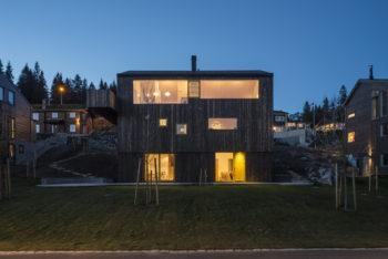 House Linnebo by Schjelderup Trondahl Architects