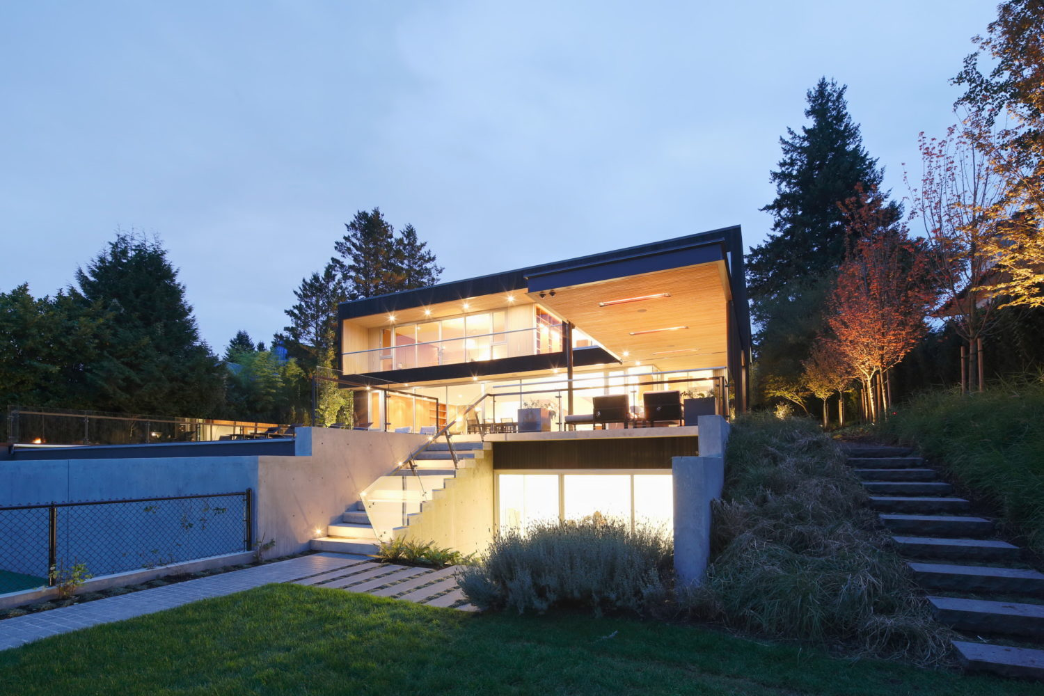 Three-Levels Residence by Evoke