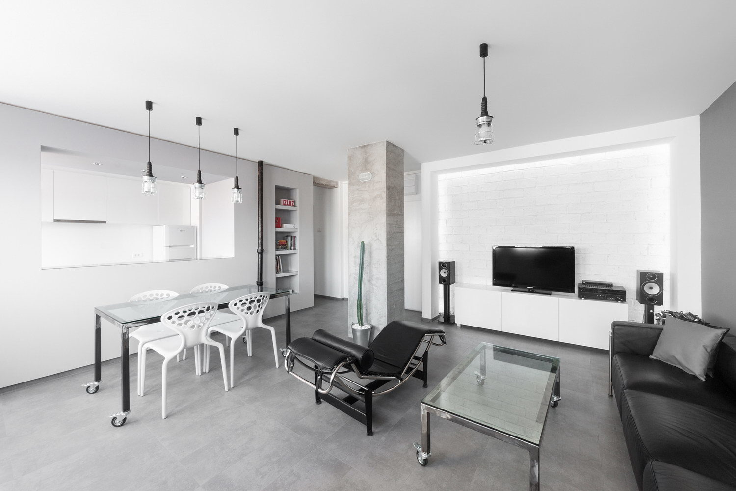 Gray Scale Apartment by Arhitektura Budjevac