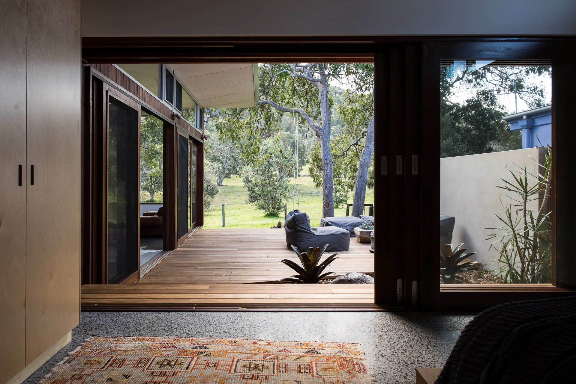 Holiday House by Bourne Blue Architecture