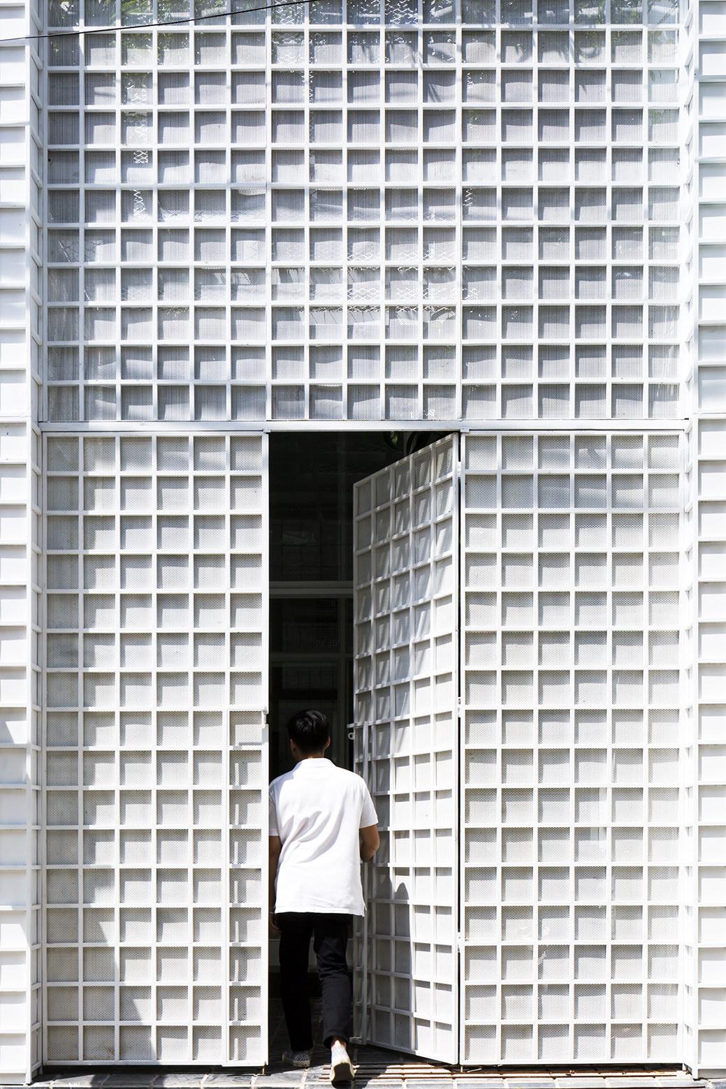 House 304 | Compact Home by KIENTRUC O