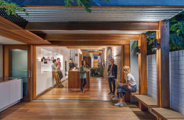 Alexandria House | Aqua Perma Solar Firma by CplusC