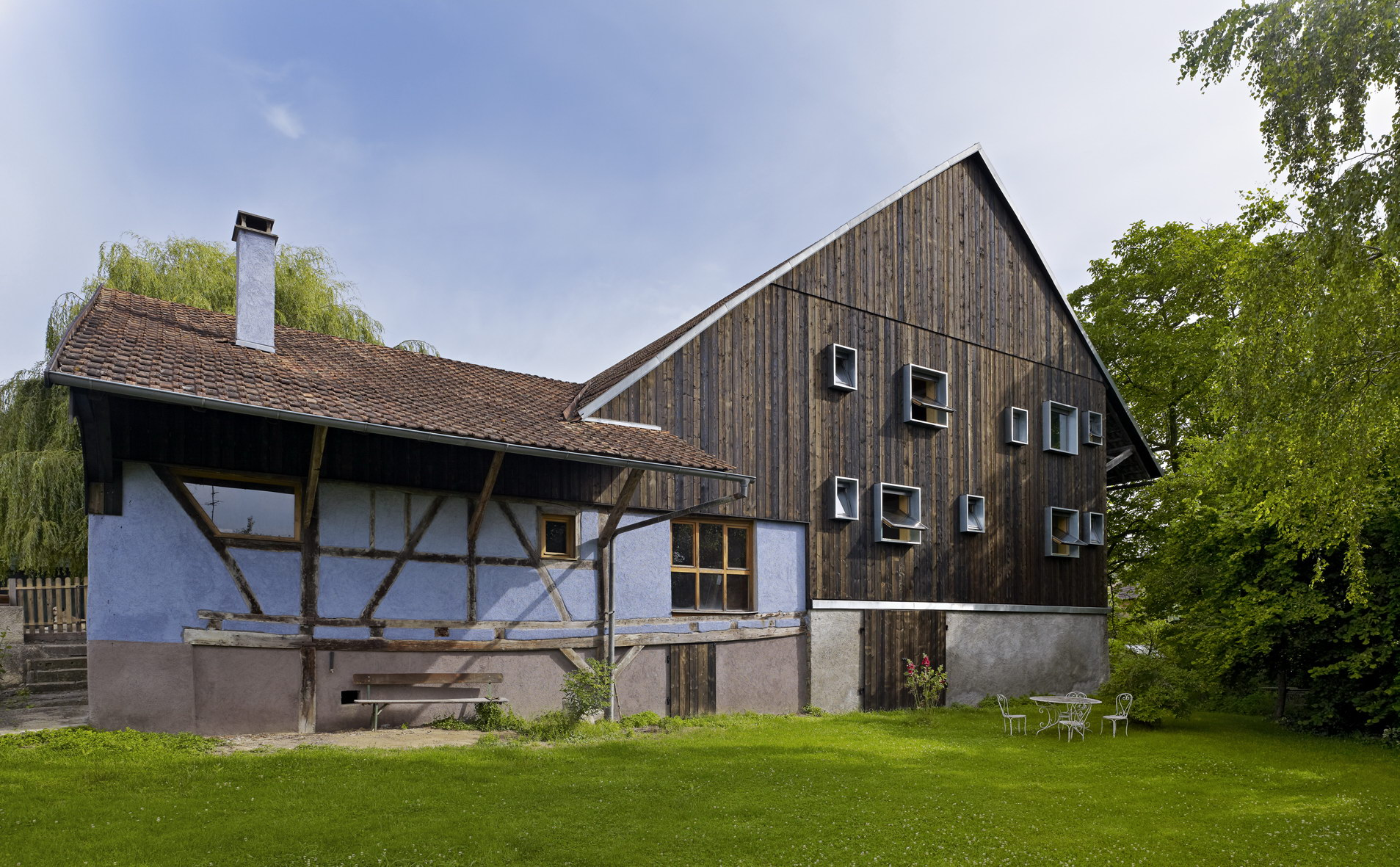 Farm Building Renovation by Loïc Picquet Architecte