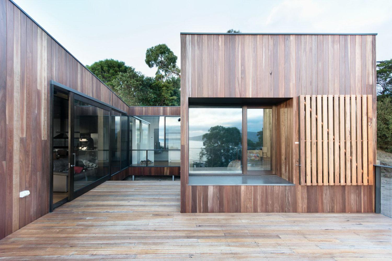 Martha | Family Residence by Ola Studio