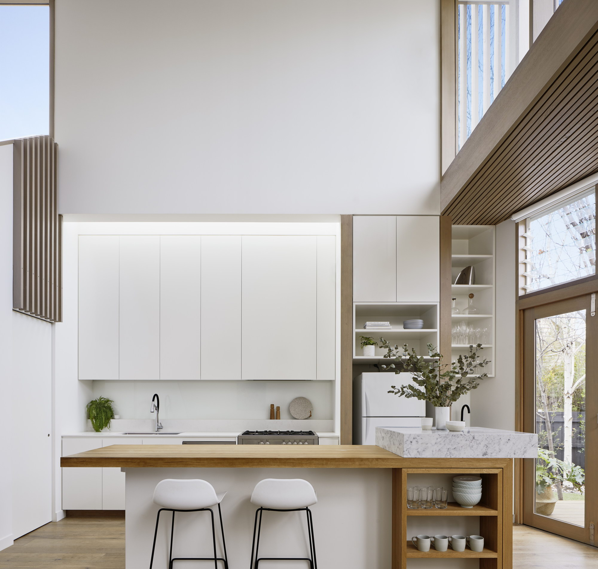 Tess + JJ's House | Narrow House by po-co Architecture