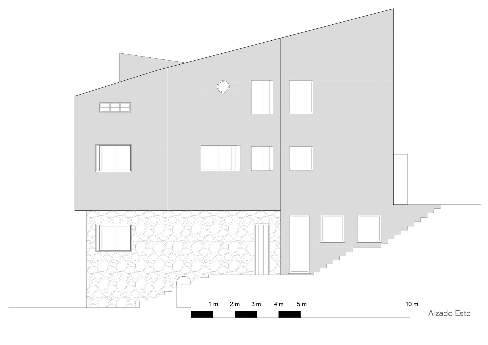 Creueta House   House Renovation by Zest