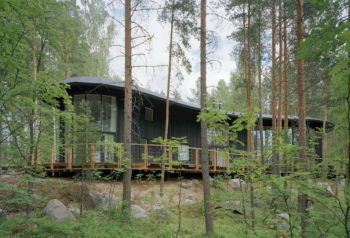 Villa Musu | Forest House by Sanaksenaho Architcets