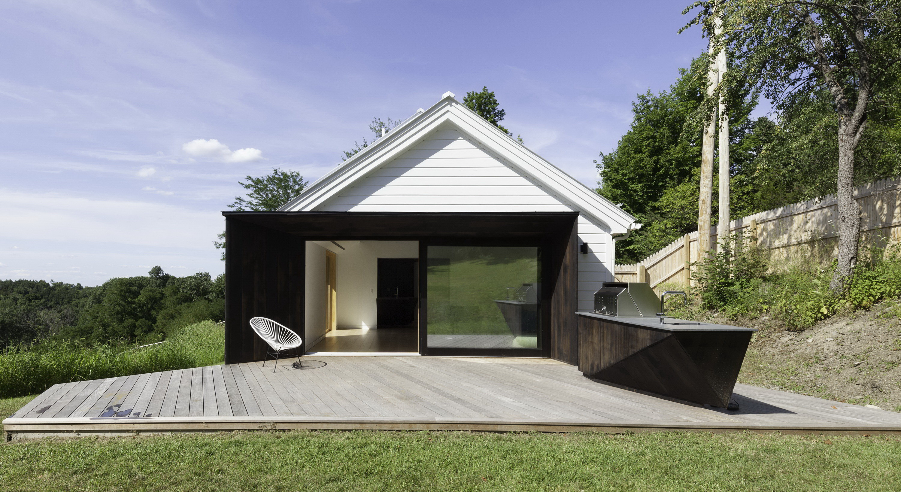 Grace Hill | Guest House by *Multiplicities