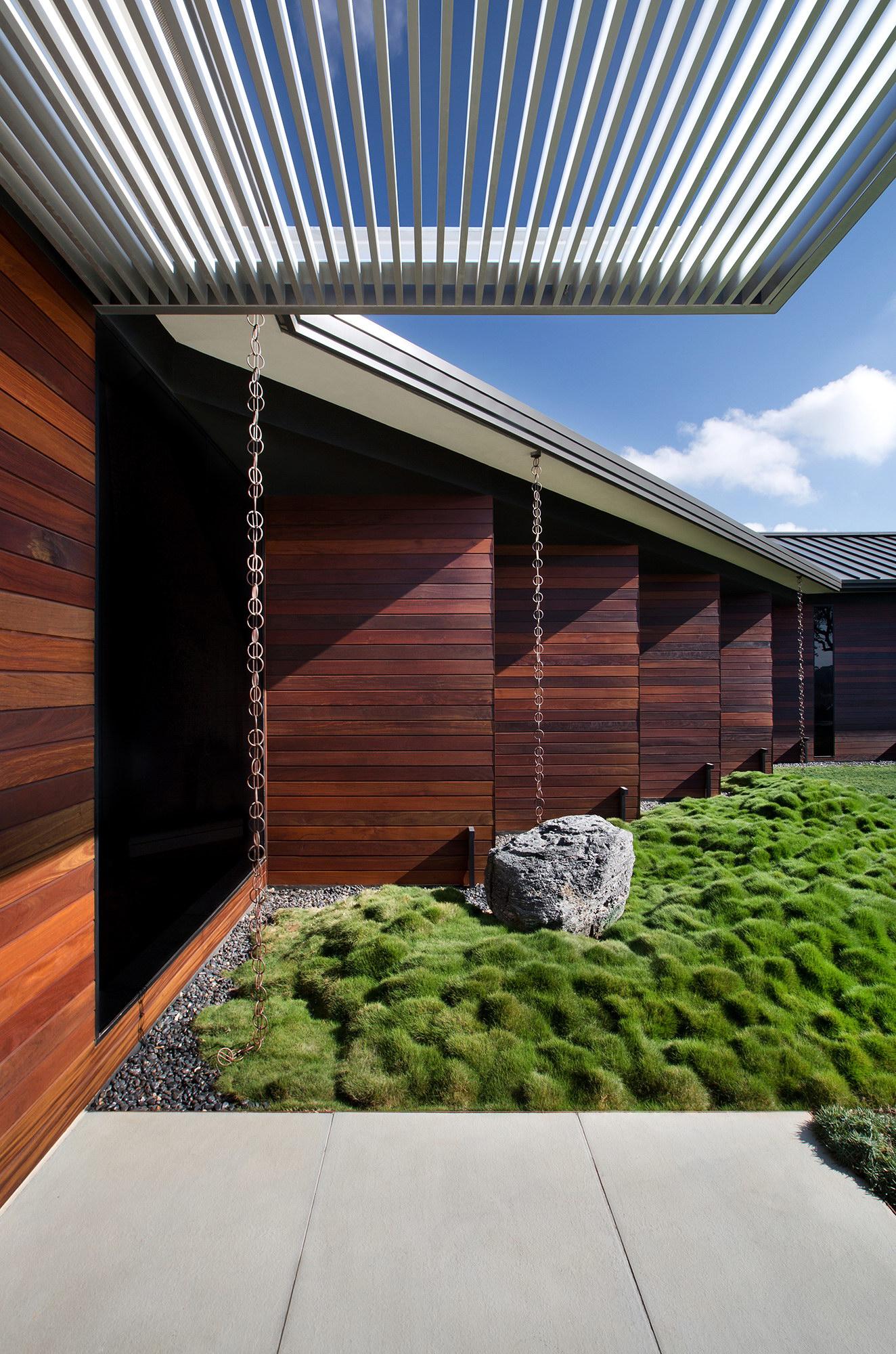 Hilltop House Renovation by Miró Rivera Architects