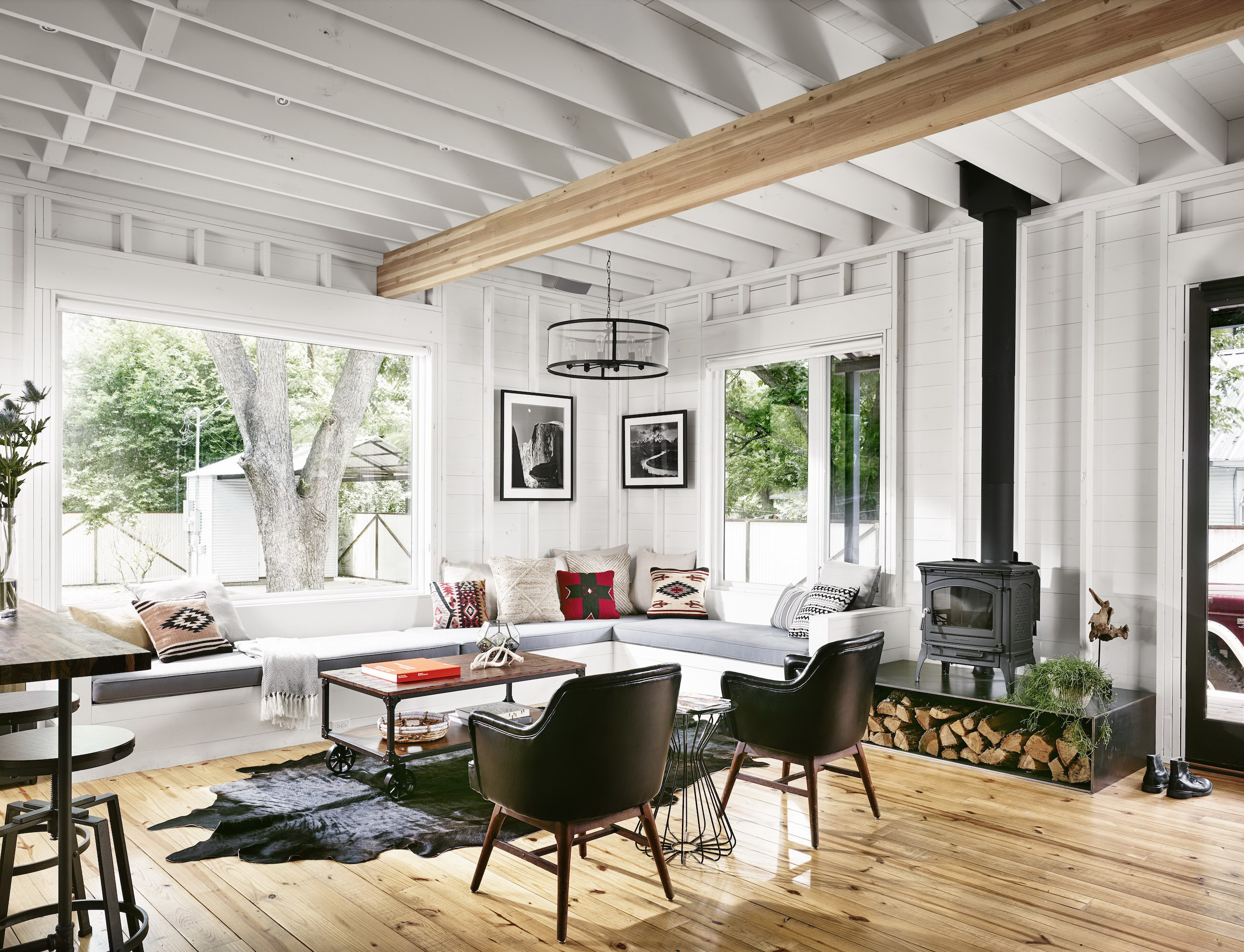 Perfect Wall House | White Home by Rauser Design