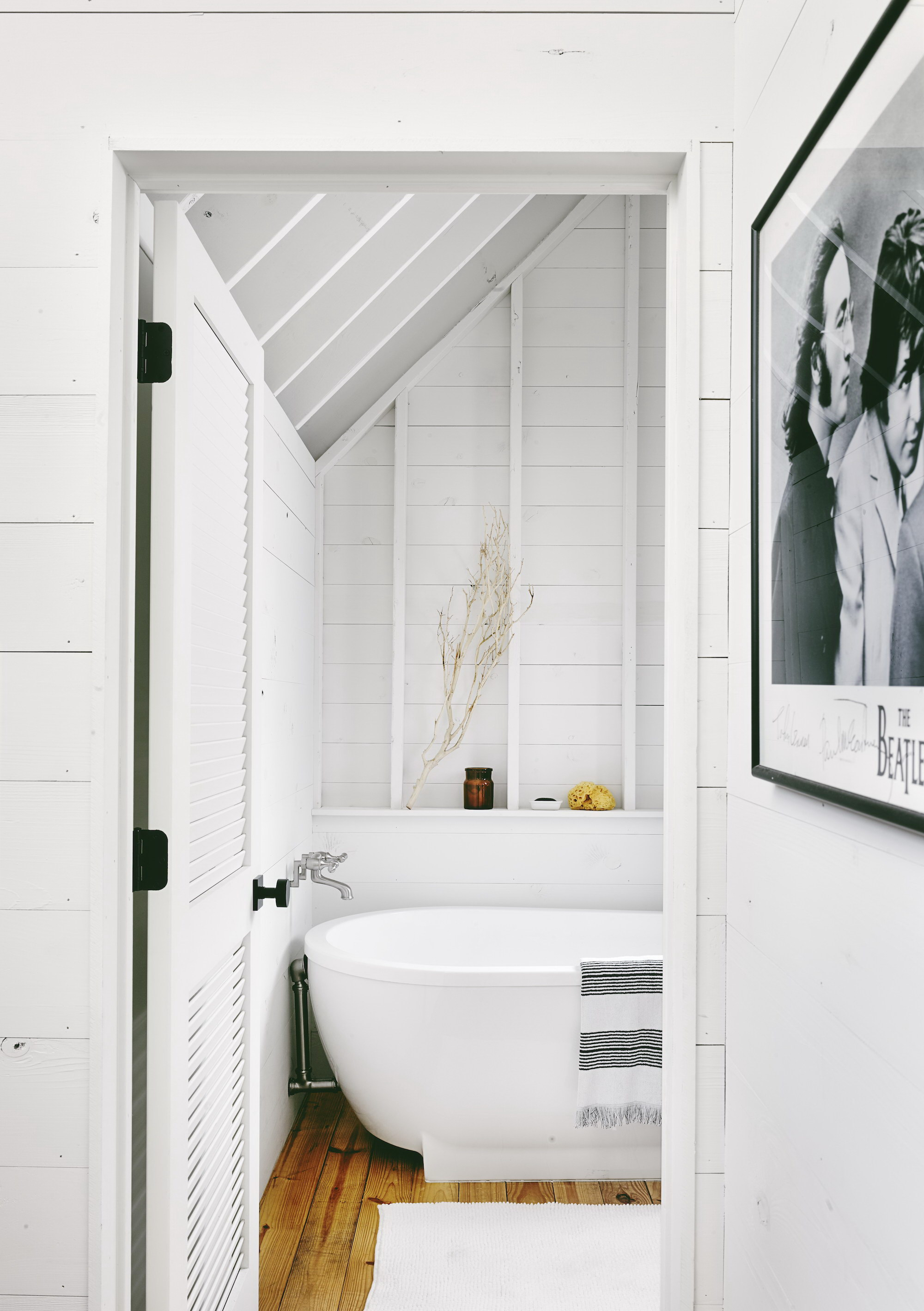 Perfect Wall House | White Home by Rauser DesignPerfect Wall House | White Home by Rauser Design
