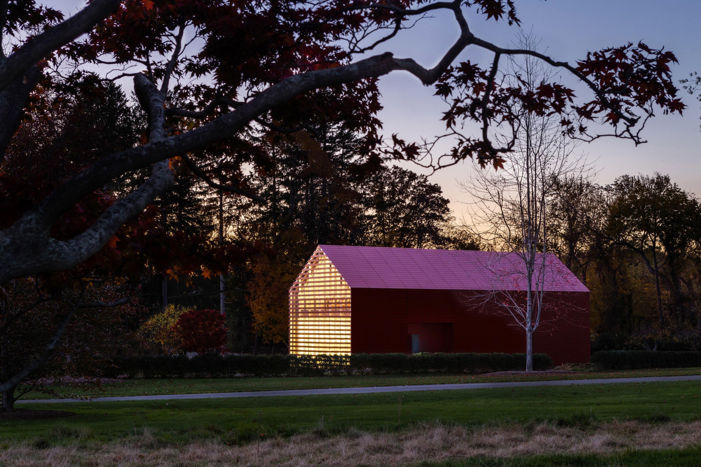 Red Barn Artist S Retreat By Roger Ferris Partners