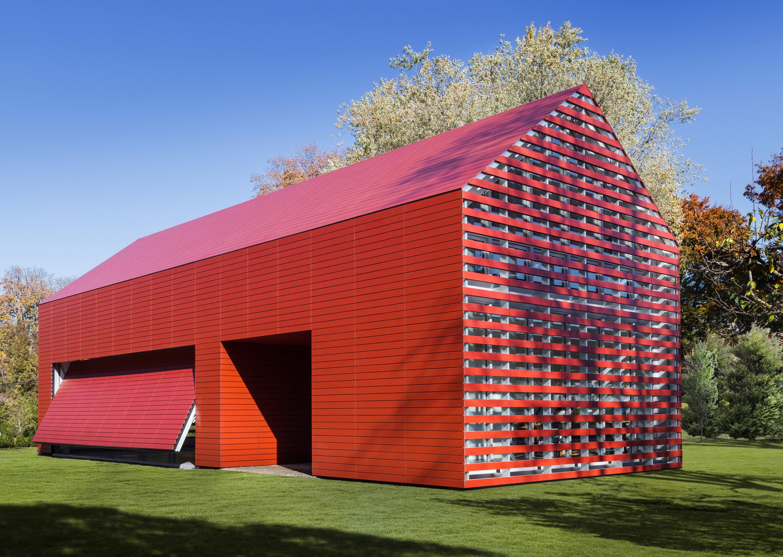 Red Barn | Artist's Retreat by Roger Ferris + Partners