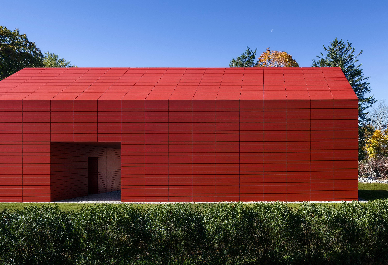Red Barn   Artist's Retreat by Roger Ferris + Partners