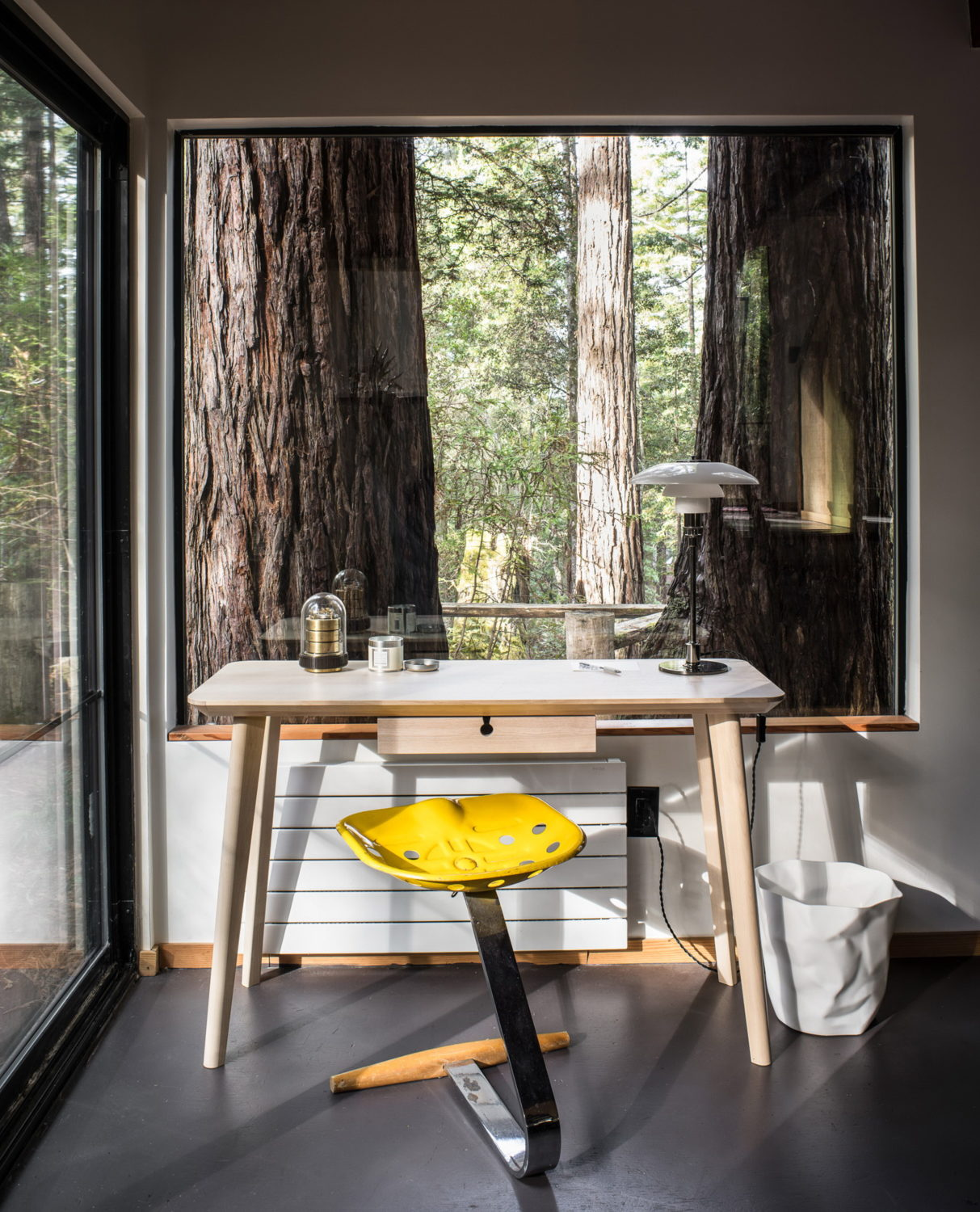 The Sea Ranch Cabin by Framestudio