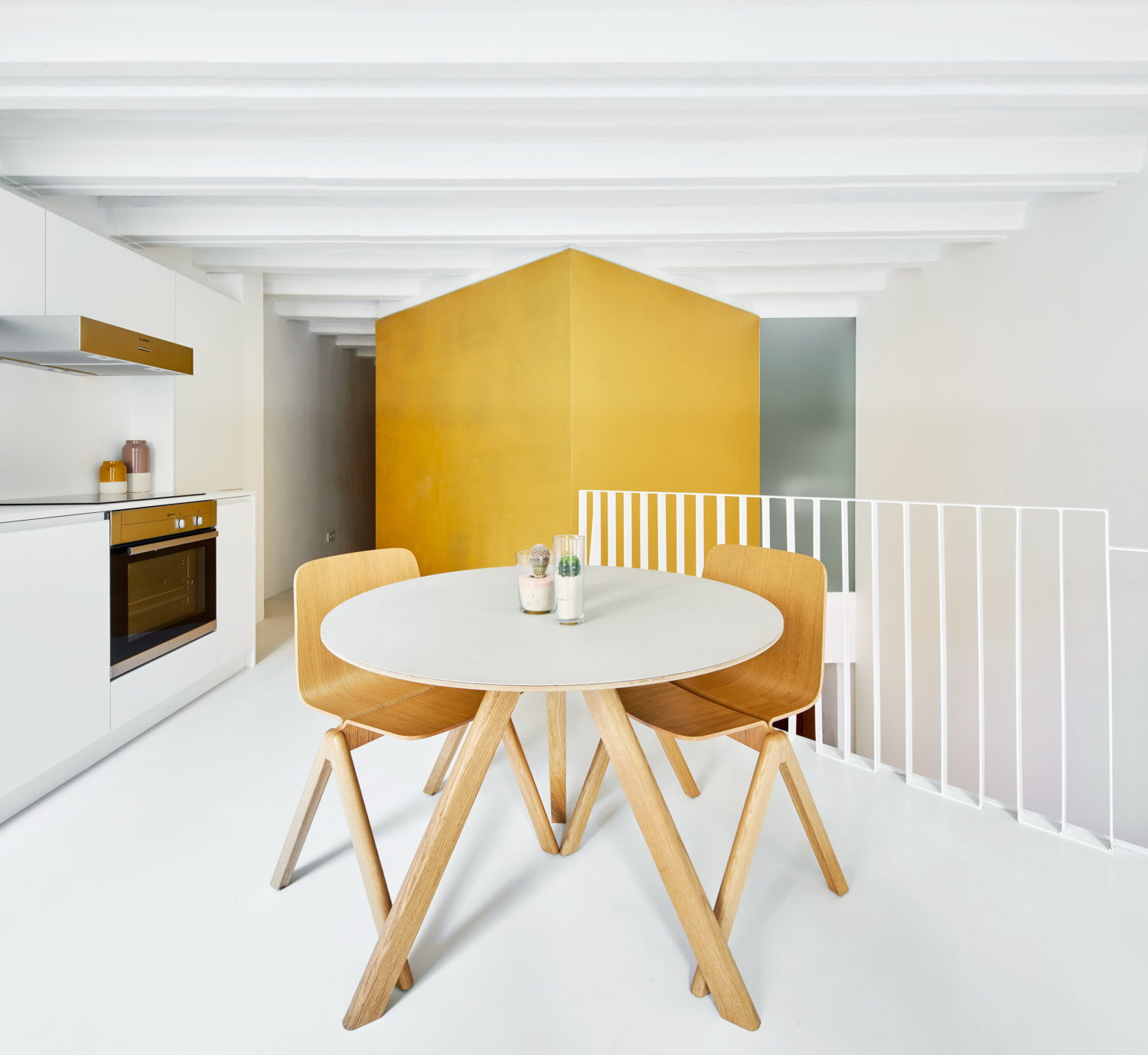 Duplex Tibbaut by Raúl Sánchez Architects