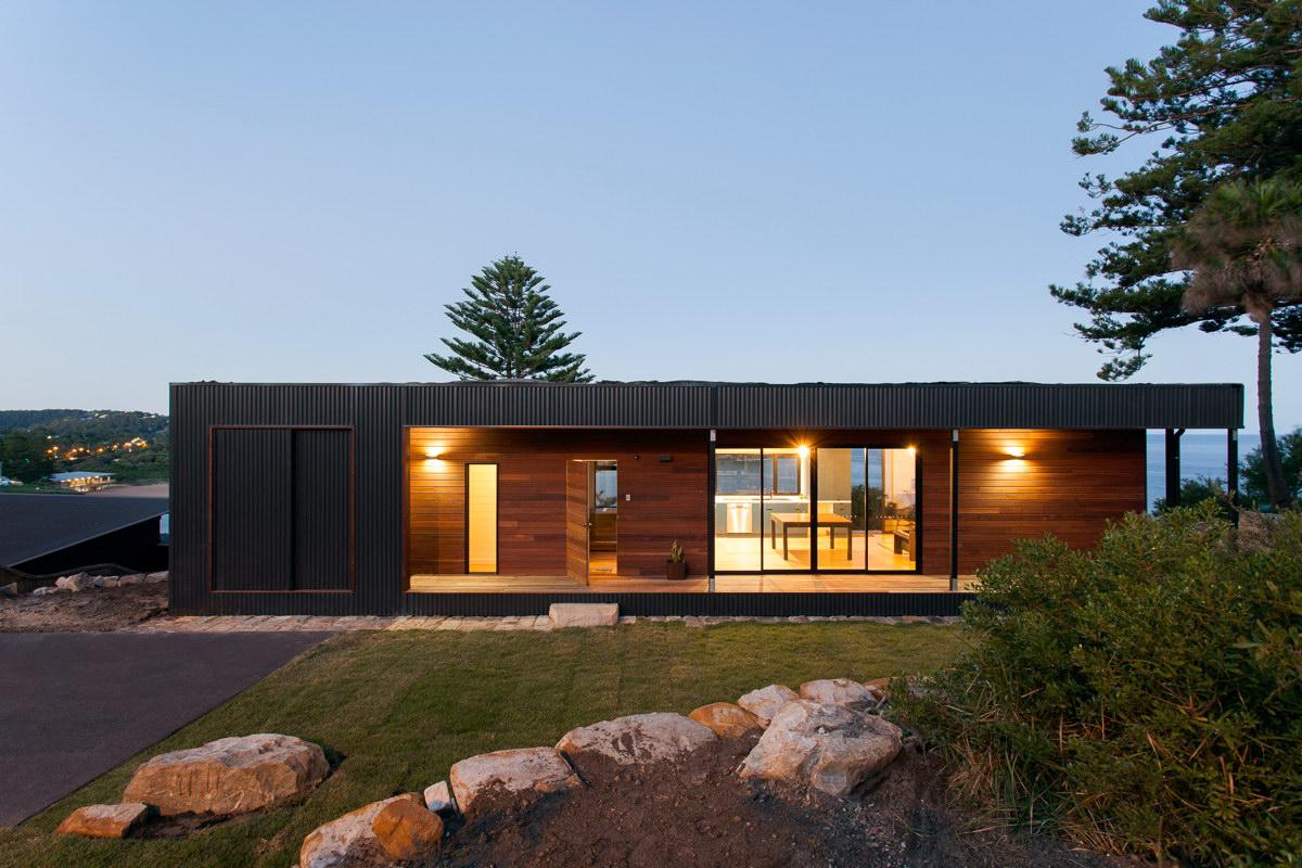 Avalon Beach House by ArchiBlox