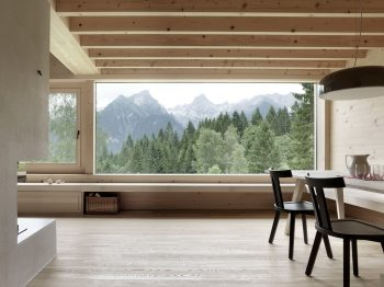 House in Tschengla by Innauer-Matt Architekten