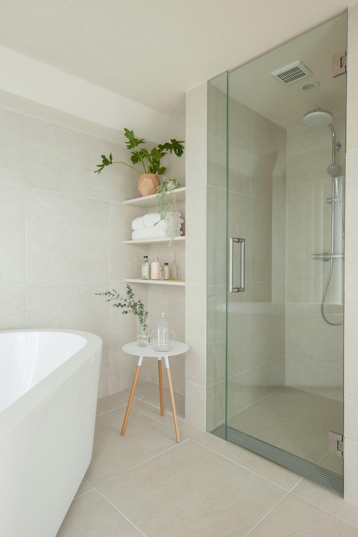 Tiny Tokyo Apartment by Hiroyuki Ogawa Architects