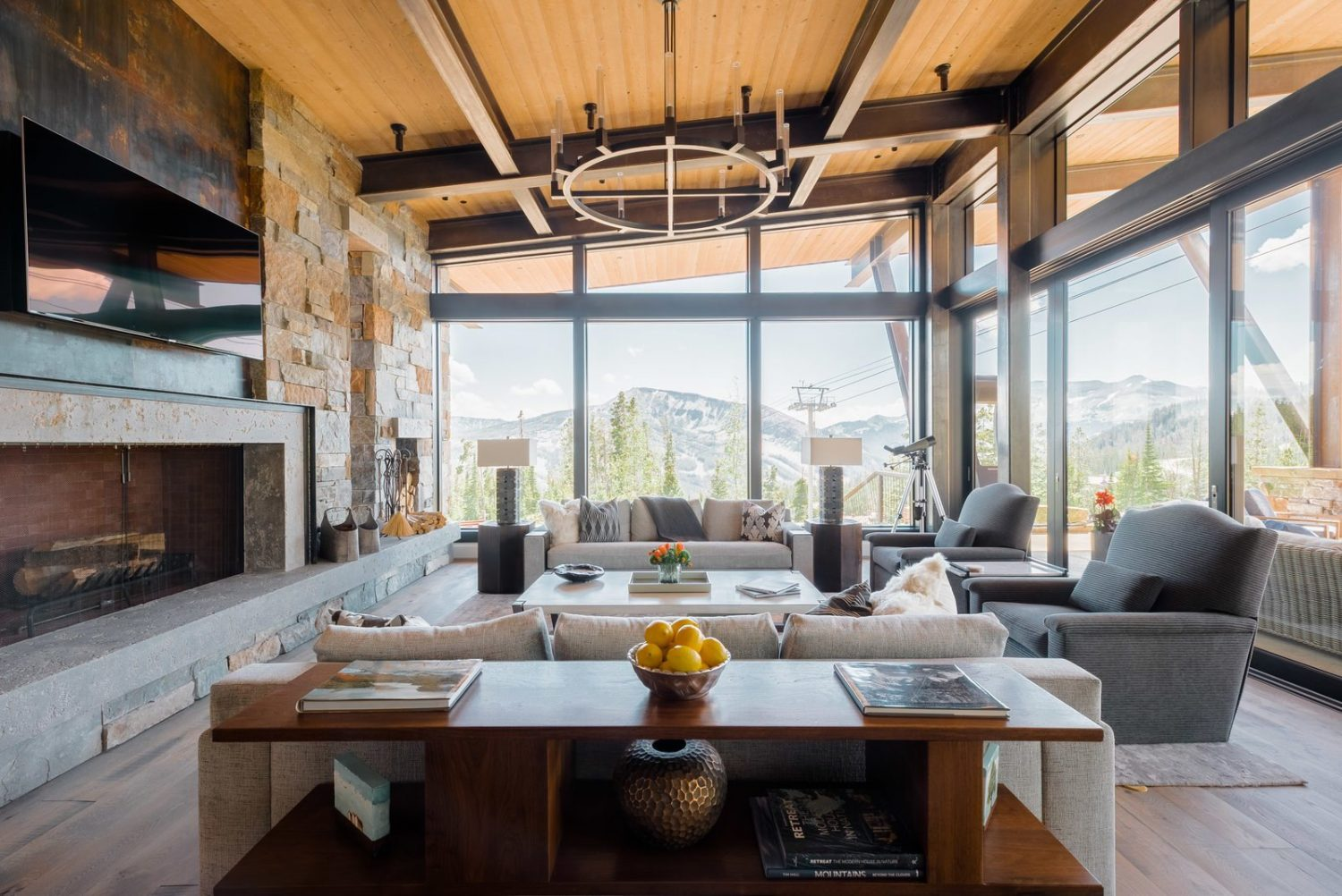 Mountain Peek | Modern Rustic Home in Montana