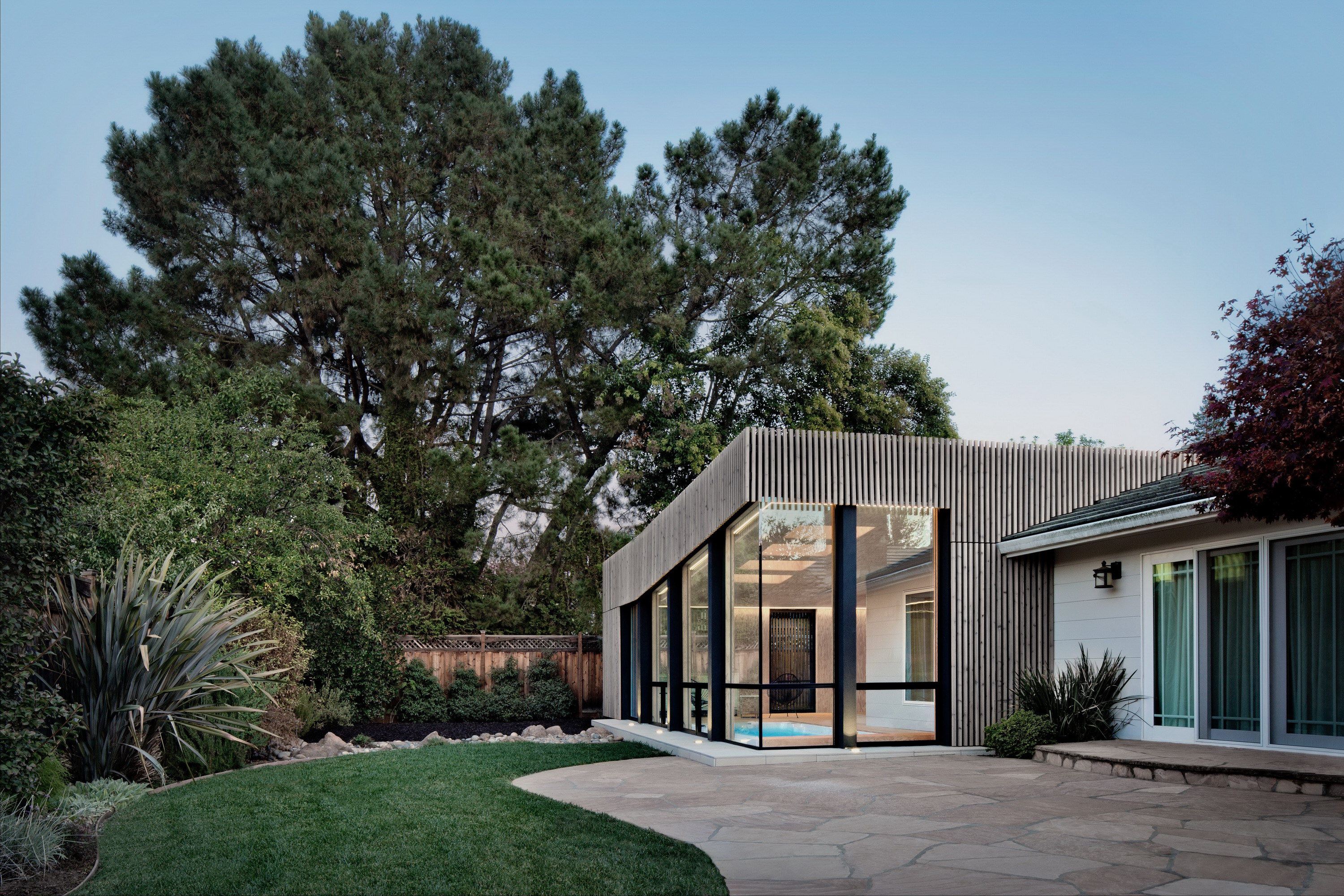 Silicon Valley Poolhouse | Modern Extension to Traditional Home