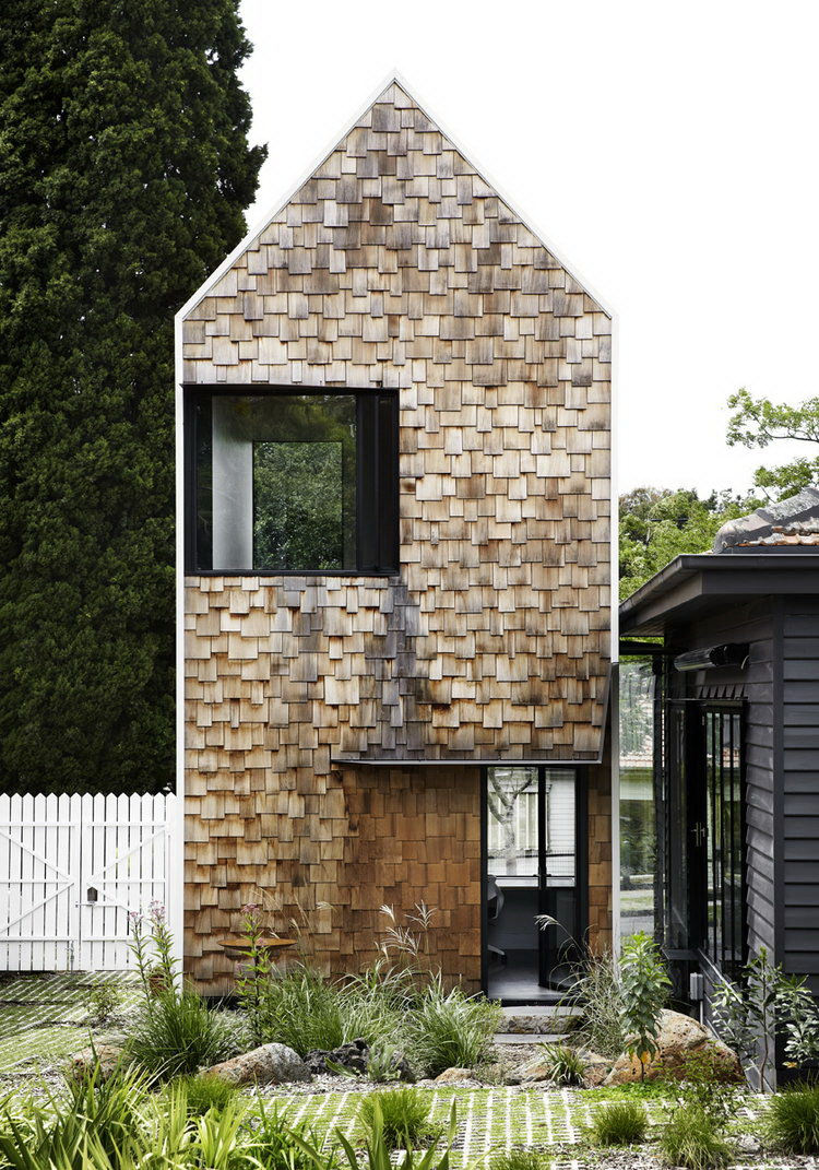 Tower House | Weatherboard Home Renovation by Austin Maynard Architects