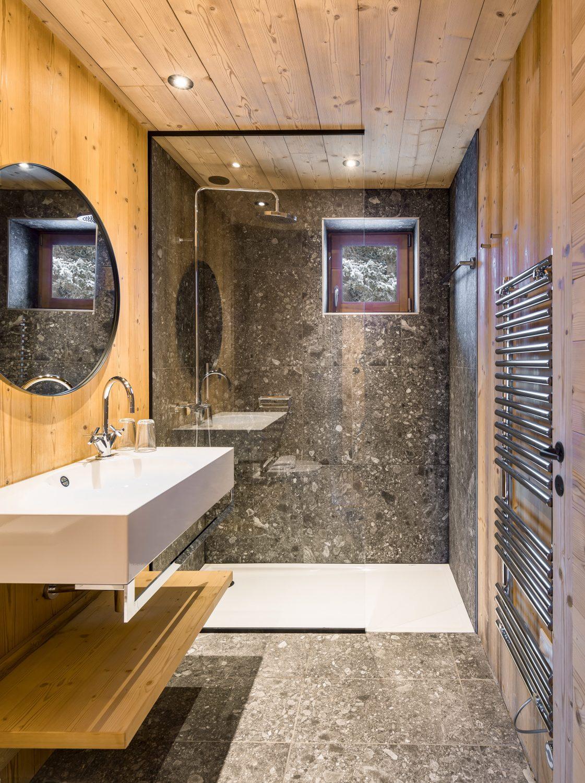 Mountain House by Studio Razavi ArchitectureMountain House by Studio Razavi Architecture