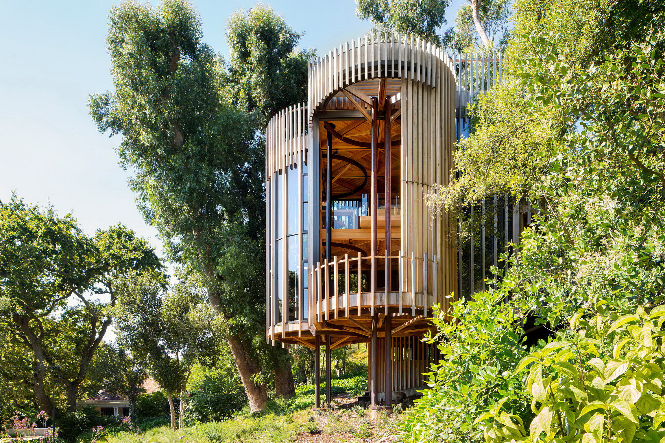 Tree House Constantia by Malan Vorster