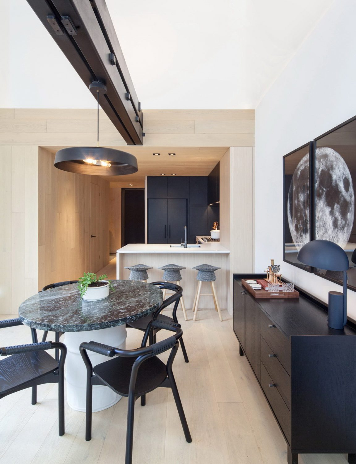Cabin Residences – A Cabin-Style Condo Model Suite by Mason Studio