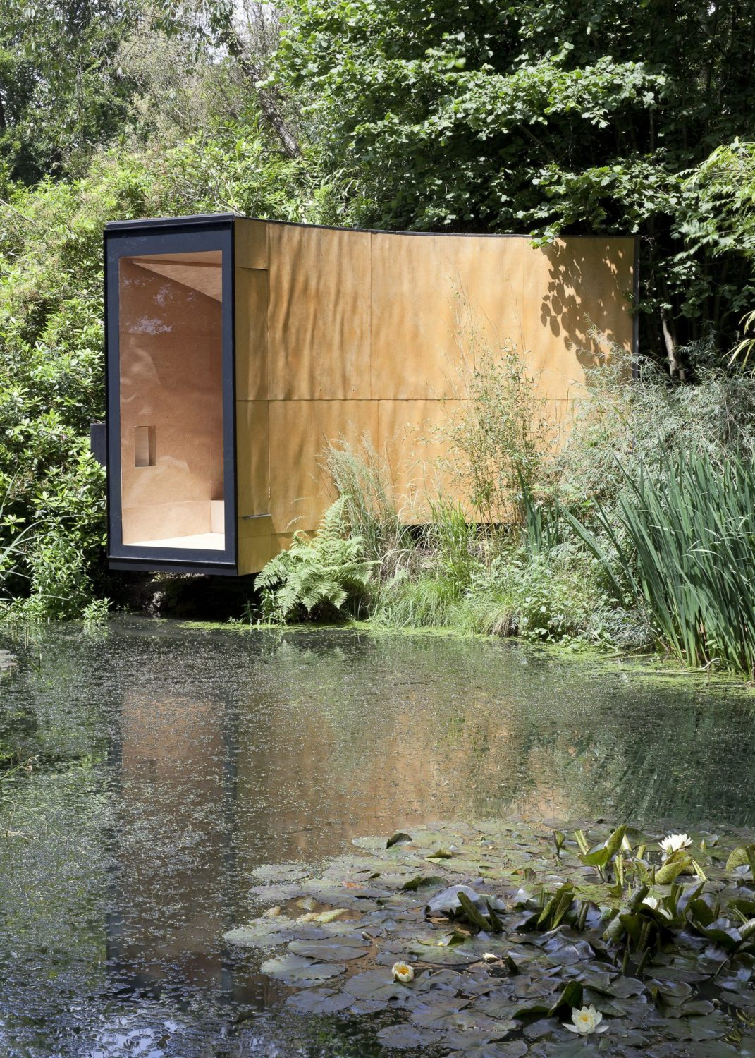 Forest Pond House – Tiny Cabin by TDO Architecture