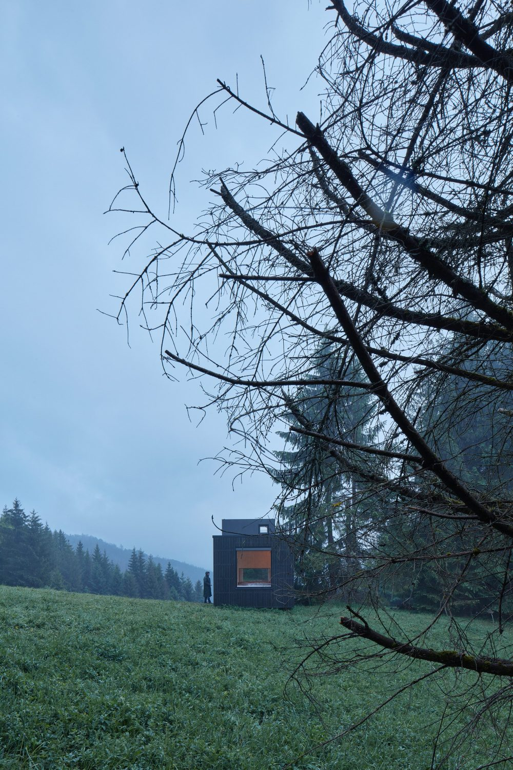 """Into the wild"" – Mobile Cabin by Ark Shelter"