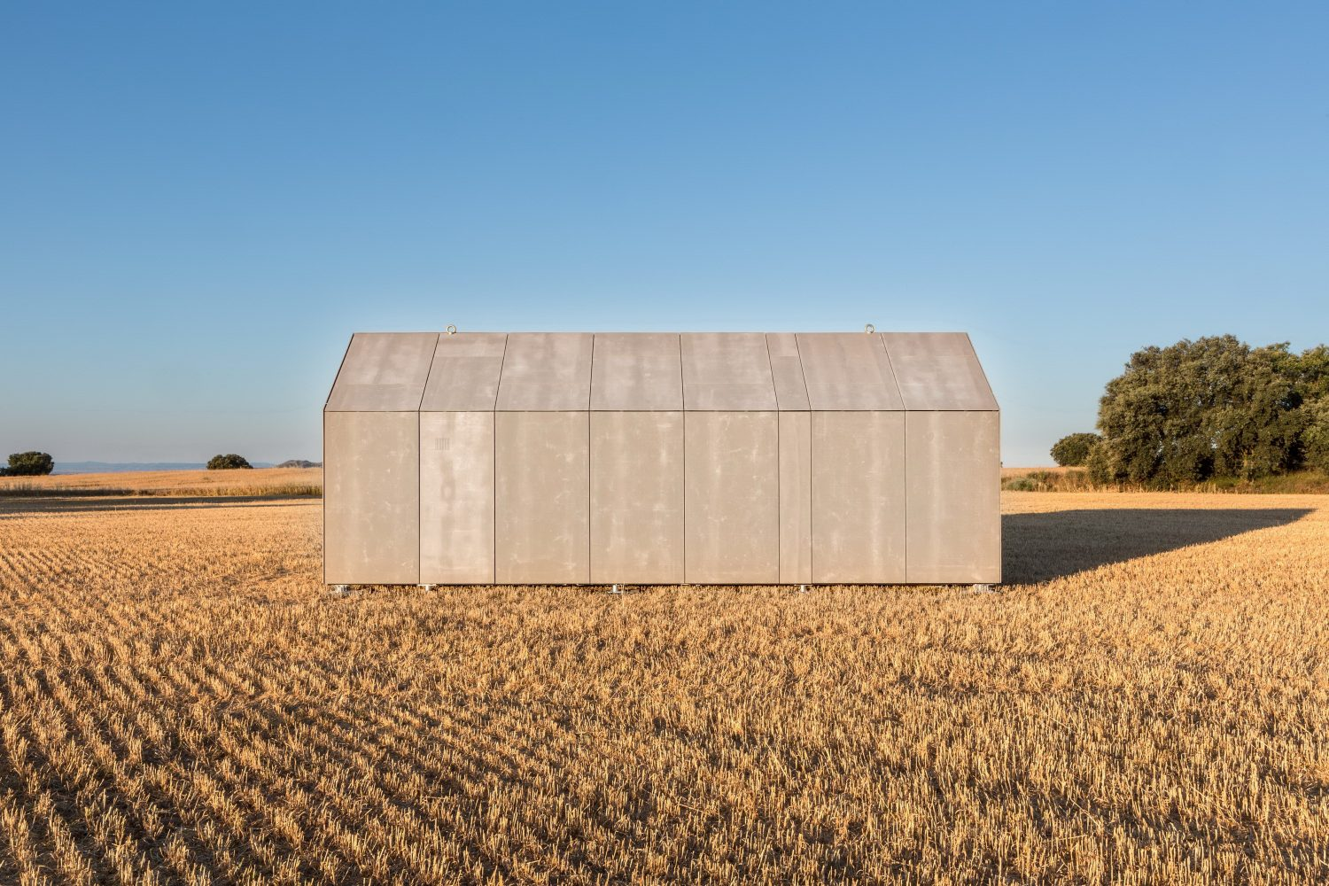 Portable Home ÁPH80 by Ábaton Arquitectura