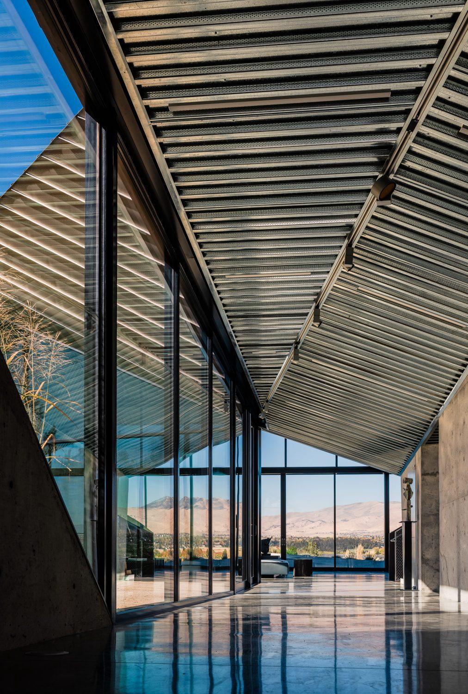 Shapeshifter House by Ogrydziak & Prillinger Architects