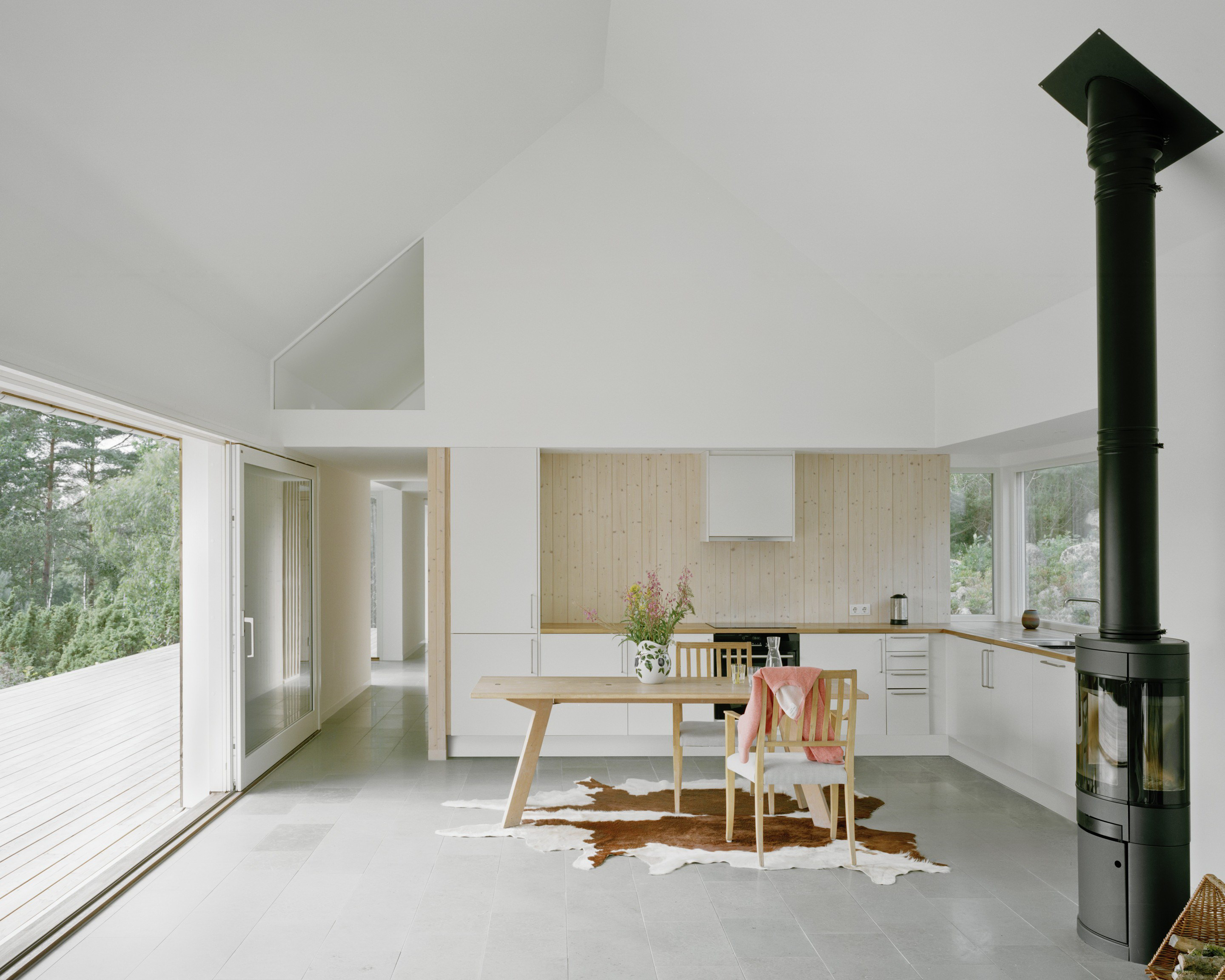 Summer House M in Sweden by M.B.A.